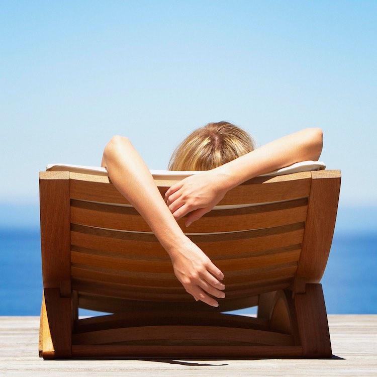 Ingredientes de la cosmética natural para la exposición al sol.